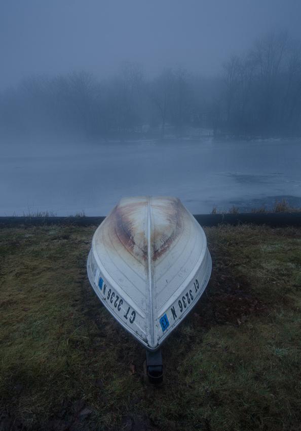 boat, rowboat, winter, fog, winter fog, connecticut landscape photography