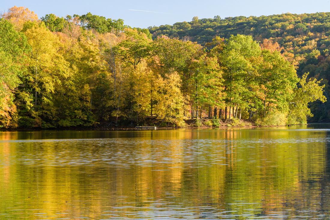 Lake Zoar Colors
