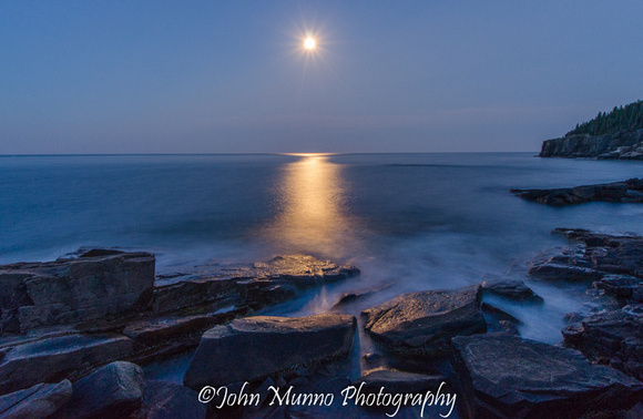 photography of moonrise over Acadia National Park